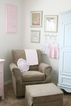 So many sweet ideas here for a shabby chic nursery!