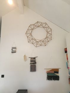 Couronne HIMMELI TISSAGE plume MACRAME Creations, Diy, Mirror, Home Decor, Feather, Weaving, Home, Decoration Home, Bricolage