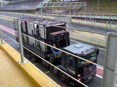 Desde 2003 a Poliservice climatiza as áreas vips em Interlagos no GP de Fórmula 1.   (clique na imagem para mais informações)