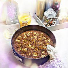 "#dort #cake #home #homemade #zdrave #fitness #fit #super #food #starfood #loveit #yum #lustily #life #health #jidlo #dnessnidam #apples #bezmouky #gateau #pie  #tart #scone #cookie #good  #dortik žemlbába"" 200g jemnych ovesnych vlocek 200g bily jogurt 2vejce2 bilky 10g chia25g rozinek( namocit) 30g orisku( nejlepe vlasske nasekane na drobno cim vic tim lip..) 20g kokosu 2 jablicka Hoodne skorice lzicka prdopece sladidlo( stevie med flavdrops) 1vanička tvarohu na potřetí  Suroviny na testo si…"