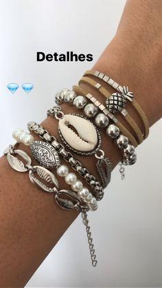 688d556ab37 Mix de pulseiras sim ou com certeza As queridinhas das meninas! Como não  amar e não querer todas !