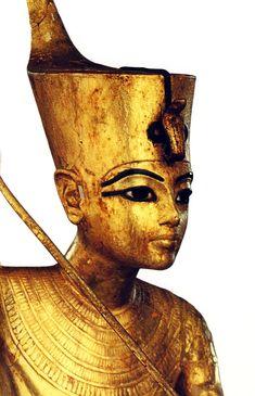 Detalle del rostro. Detalle de foto en T.G, Henry James, Tutankamón,