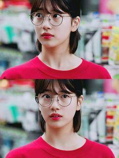 "Suzy - ""While You Were Sleeping"" Ulzzang Short Hair, Ulzzang Hairstyle, Suzy Drama, Korean Girl, Asian Girl, Cute Bear Drawings, Sleep Hairstyles, Human Poses Reference, Miss A Suzy"