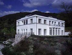 Berlin, Villas and Haus on Pinterest