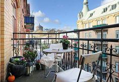 amenager balcon, petit balcon coquet avec simple équipement