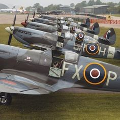 Ww2 Aircraft, Fighter Aircraft, Military Aircraft, Spitfire Supermarine, Image Avion, Photo Avion, The Spitfires, Old Planes, Battle Of Britain