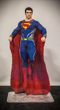 It's life-size Lego Superman! If you make some Lego kryptonite, he'll probably topple over and break into a million pieces. Marvel Dc, Lego Marvel, Marvel Comics, Lego Design, Batman Vs, Lego Batman, Batman Robin, Supergirl, Lego Dc Comics