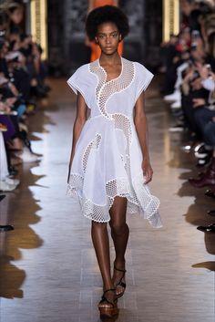Sfilate Stella McCartney Collezioni Primavera Estate 2016 - Sfilate Parigi - Moda Donna - Style.it