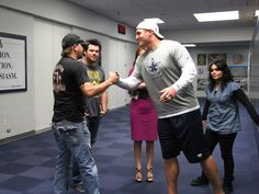 Jason Aldean Visits Valley Ranch and meets the best tight end in the NFL