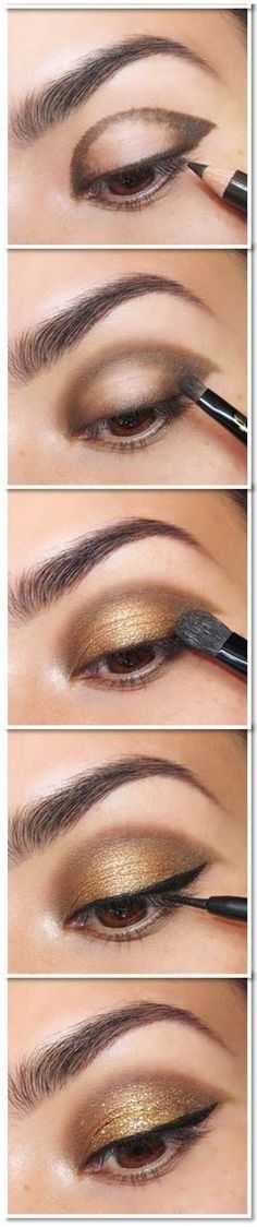 25 Beautiful Eye Make-up Tutorials For Rookies of 2019 Easy Gold Eye Make-up tutorial. Here's a damaged down eye make-up tutorial. What a fantastic technique to get a beautiful eye make-up! Glitter Eye Makeup, Smokey Eye Makeup, Skin Makeup, Beauty Makeup, Gold Makeup, Beauty Tips, Beauty Hacks, Makeup Style, Beauty Ideas