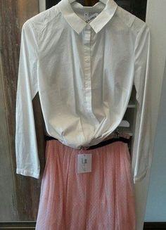 Kaufe meinen Artikel bei #Kleiderkreisel http://www.kleiderkreisel.de/damenmode/knielange-rocke/147658995-super-paket-preis-tullrock-mit-edler-bluse