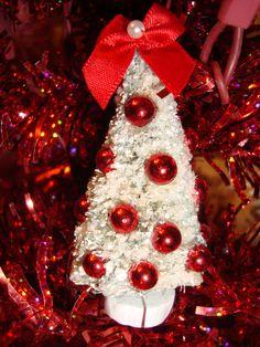 valentine's bottle brush trees | Home :: Christmas :: Flocked White Bottle Brush Tree with Red Balls