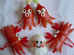 Sausage Octopus and Crabs and Cheese Squid for bento fun ♥ ♥ ♥ Fun Snacks For Kids, Kids Meals, Cute Bento Boxes, Bento Recipes, Bento Ideas, Hot Dog Recipes, Incredible Edibles, Edible Arrangements, Fruit Art