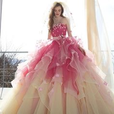 #weddingdress #bridalgown  #dress #fashion#couture #sposa  #カラードレス#プレ花嫁#婚紗 #ウエディングドレス#ドレス #花嫁#結婚準備#フラワー#モード #kiyokohata #キヨコハタ
