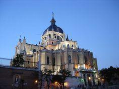File:Catedral de la Almudena (Madrid) 03.jpg