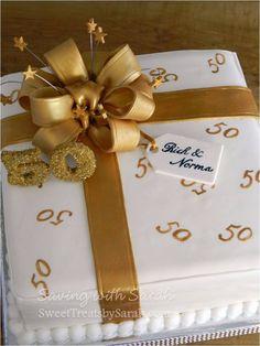 Golden Anniversary Cake Anniversary Present Cake Fondant Bow - Fondanttorten / Motivtorten - Golden Anniversary Cake, 50th Anniversary Cakes, Anniversary Parties, Anniversary Ideas, Happy Anniversary, Birthday Sheet Cakes, Gold Birthday Cake, 50th Birthday, Happy Birthday