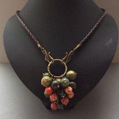 Beadwork, Jewelry Ideas, Handmade Jewelry, Beaded Necklace, Chokers, Jewelry Making, Diy Projects, Craft Ideas, Chain