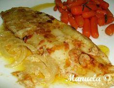 6-8 filetes de pescada 1 pacote de sopa instantânea creme de marisco 250 gramas de miolo de camarão 2 cebolas azeite q.b. 2 caixas de ...
