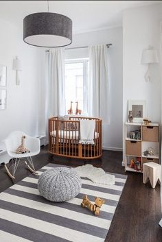 Discover 5 Easy steps to help you start off with your baby room design. You can also download my Dream Nursery Design Guide to guide you through my step-by-step process that will help you to achieve the Scandi look & style you're aiming for in your childr Modern Nurseries, Nursery Modern, Gender Neutral Nurseries, Minimalist Nursery, Chic Nursery, Modern Bedroom, Baby Room Decor, Baby Room Design, Nursery Design