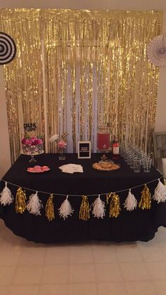 birthday party decorations 616430267727197676 - trendy Ideas for decor gold diy birthday parties Source by Diy Birthday Card, Gold Birthday Party, 13th Birthday Parties, Diy Birthday Decorations, Golden Birthday, 14th Birthday, Birthday Party Themes, Birthday Party Ideas For Adults, 21st Bday Ideas