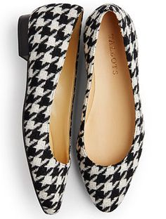 A classic flat gets a modern update in a bold, black-and-ivory houndstooth print. Black Capri Outfits, Sandy Style, Vintage Pants, Winter Shoes, Fashion Flats, Houndstooth, Comfortable Shoes, Me Too Shoes, Shoe Boots