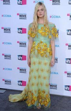 Elle Fanning Photos: 17th Annual Critics' Choice Movie Awards - Arrivals