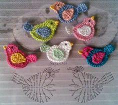 alice brans posted bird applique, crochet appliques and crochet birds. to their -crochet ideas and tips- postboard via the Juxtapost bookmarklet. Crochet Birds, Crochet Diy, Crochet Amigurumi, Love Crochet, Irish Crochet, Crochet Flowers, Crochet Animals, Crochet Unicorn, Crochet Fabric
