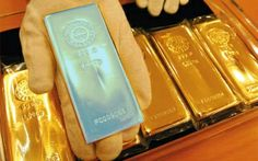 India clampdown reveals treasures: Half kilo gold in briefcase handle ... http://www.emirates247.com/news/emirates/india-clampdown-reveals-treasures-half-kilo-gold-in-briefcase-handle-2014-01-26-1.536053