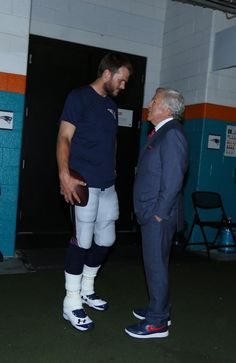 Brady and Kraft having a pre-game chat