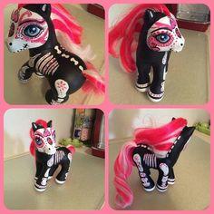 Dio de los muertos my little pony handpainted by my friend @Abby Kadabee