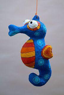 Paper Mache Projects, Paper Mache Crafts, Clay Crafts, Art Projects, Arts And Crafts, Paper Mache Sculpture, Sculpture Art, Paper Mache Animals, Paperclay