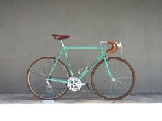 BIANCHI Velocommute Bike. Special release from Vanguard's private collection. Celeste.