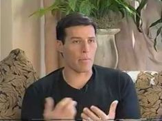 Tony Robbins shows 1 time a week workout. John Little and Pete Sisco developed Static Contraction. It takes just minutes a week. 5 lifts for 5 seconds is all you do!
