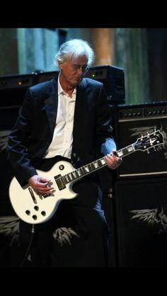 Jimmy Page. Músico multinstrumentista británico y uno de los fundadores del grupo de Rock Led Zeppelin.
