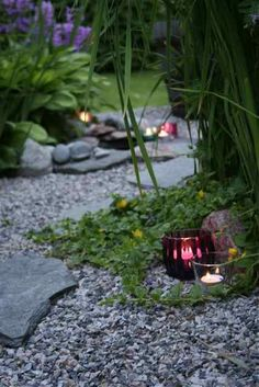 I love candles in the garden. 387dd471a23