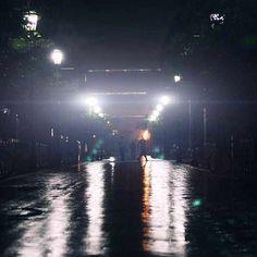 A rainy Monday evening moment on campus. #MIRFirstWeek regram from @antonioknoxx.