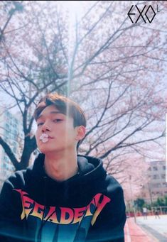 Jongdae and cherry blossom trees are the cutest match 🥺🌸 Exo Chen, Baekhyun Chanyeol, Daejeon, K Pop, Shinee, Luhan And Kris, Kim Minseok, Kim Junmyeon, Exo Members