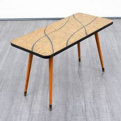 Velvet-Point - coffeetables Tessellated 1950s coffee table - Karlsruhe