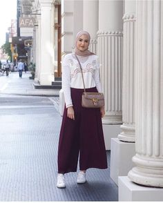 Ideas Style Vestimentaire Femme Robe For 2019 Modern Hijab Fashion, Muslim Fashion, Modest Fashion, Fashion Outfits, Hijab Casual, Women's Casual, Modest Dresses, Modest Outfits, Modest Clothing