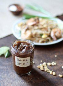 Pad Thai Sauce- Easy Four Ingredient- Inquiring Chef Tamarind Paste, water, Fish Sauce, Soy Sauce and Brown Sugar 3 weeks in the gridge Yiel cups Easy Thai Recipes, Asian Recipes, Asian Foods, Thai Cooking, Cooking Recipes, Cooking Turkey, Homemade Pad Thai, 4 Ingredients, Sauce Recipes