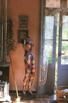 harlequin mannequin