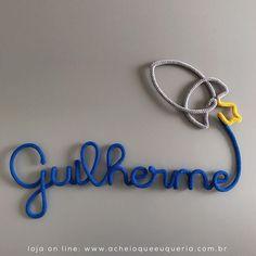 Guilherme  Para orçar/encomendar acesse o site - link no perfil☝️e escolha o modelo 'Nome com foguete'. No campo comentários informe o nome e as cores. Para inicial maiúscula compre uma letra a mais. #portamaternidade #desing #decor #itsaboy #babyboy #guilherme #maedemenino #quartodemenino #quartodebebe #instakids #instababy #gravida #gravidez #enxoval #enxovalbebe #enxovalmenino #maternidade #tricotin #icord #rabodegato #azulbic8 #cinzamedio2 #amarelo14 #guilhermeaoqeq