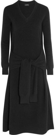 Spring Love this dress. Black wool Slips on wool Machine wash Dress Outfits, Casual Dresses, Fashion Dresses, Dresses For Work, Dress Skirt, Peplum Dress, Cut Clothes, Fashion Images, Fashion Trends