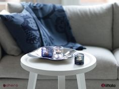 Coziness with real design classics: 'Light up your life'. This gift box contains: The Alvar Aalto bowl - 1 Kastehelmi votive in blue rain - 2 Kivi votives: 1 x grey and 1 x clear Blue Rain, Your Life, Light Up, Unique Gifts, Wedding Rings, Engagement Rings, Cool Stuff, Box, Jewelry