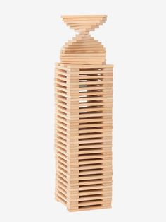 Construction, balance and creativity game. Progressive game to construct endless buildings and challenge the laws of balance! Construction Games, Wooden Blocks, Natural Wood, Guide, Gadgets, Brown, Products, Wood Games, Infinity Symbol