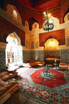Moroccan riad, tradition, morocco