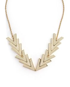 Gilded Points Necklace // there is just something about repetitive geometric shapes that makes me very happy #arrows #designtrend #wearabledesign