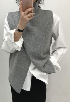 Korean Fashion Overlap Sleeveless Sweater Vest Sweaters Fashion 2018 Women Turtleneck Sweater Jumper Knitted Pullover Sweater – Ali Explorer - Women's style: Patterns of sustainability Ärmelloser Pullover, Pullover Sweaters, Knit Vest Pattern, Fashion 2018, Fashion Women, Fashion Types, Fashion Trends, Sweater Fashion, Fashion Vest