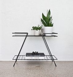 Mid Century Modern Metal Table for next to my door-- pretty please Scandi Living, Home And Living, Living Room, Home Furniture, Furniture Design, Interior Styling, Interior Design, Modern Interior, Interior Decorating