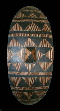 35 H - 0610 - Ankole - 60x25,5 cm. - African shields - African Weapons